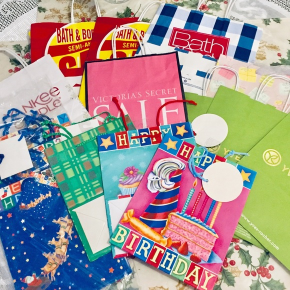 Other - 18pcs gift bags lot